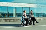 Rollz Motion² De rollator en rolstoel ineen_